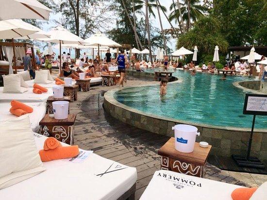 Nikki Beach Resort & Spa: Piscine