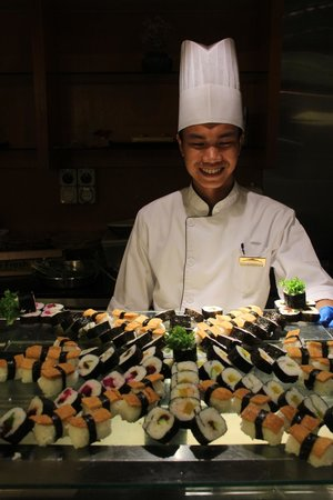 Royale Chulan Kuala Lumpur: Sushi bis zum Abwinken!