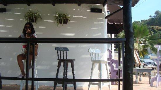 Blueberry Cafe: Barra al exterior.