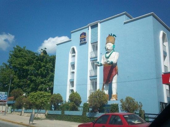 Hotel Maya Palenque : vista al hotel