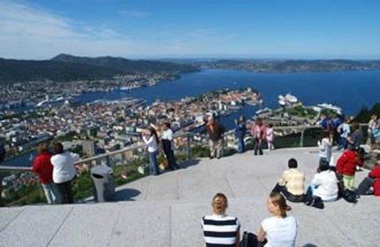 Mount Floyen and the Funicular (Floibanen): View over Bergen city