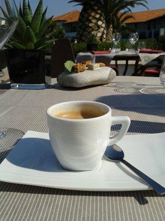 Restaurant Ilura : Le café et ses mignardises