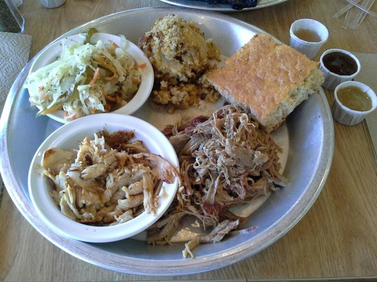12 Bones Smokehouse: chopped pork and smoked turkey