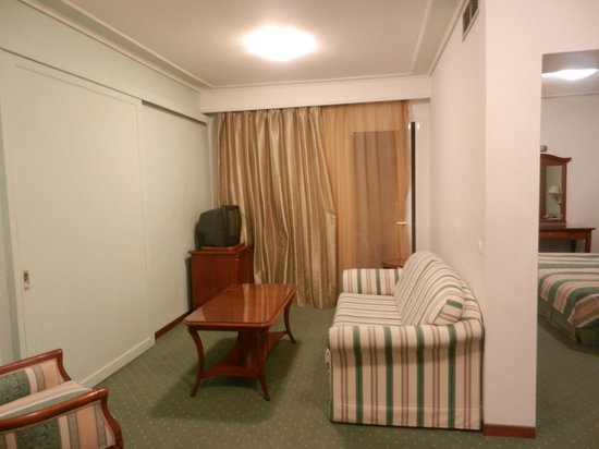 Oasis Hotel Apartments: La stanza - ingresso