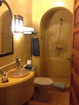 Riad Sadaka : bathroom