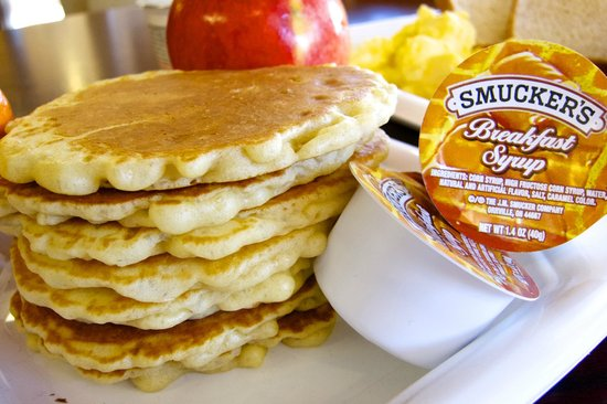 Best Western Riverside Inn: A fresh pancake stack from our breakfast buffet