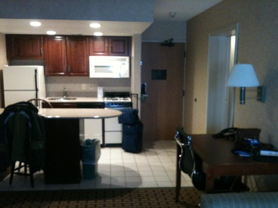 Comfort Inn & Suites : Kitchen Area