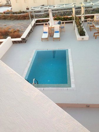 Astro Palace Hotel and Suites: Our Private pool from our room