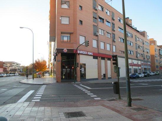 Hotel Villa De Barajas: недалеко от отеля