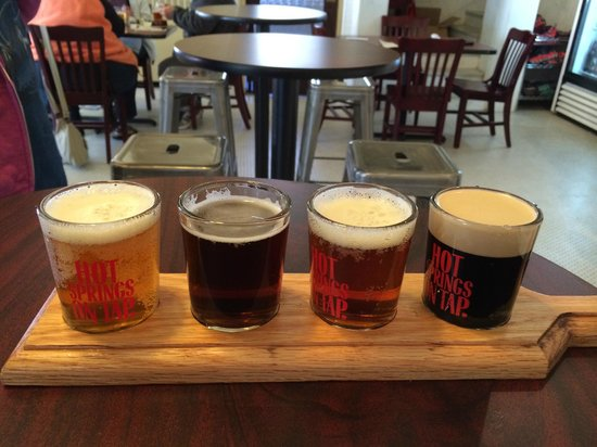 Superior Bathhouse Brewery & Distillery : Beer flight