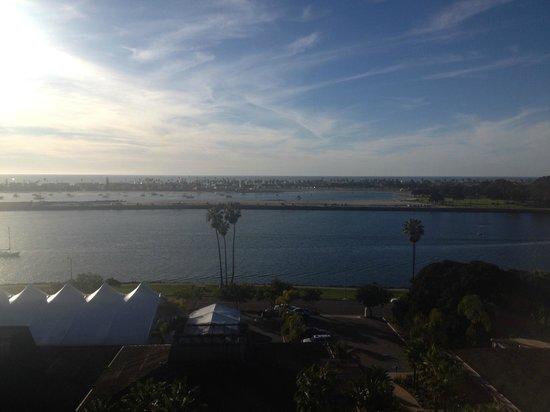 Hyatt Regency Mission Bay: 5pm view from my room
