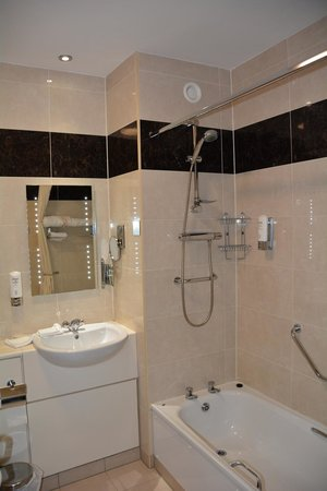 Strandhill Lodge and Suites Hotel: very nice Irish bath facilities