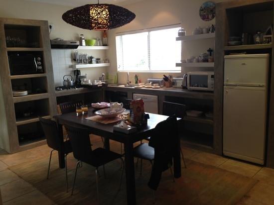 Anlin Beach House: cocina