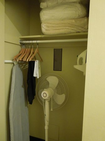 Inn At East Beach : Closet with iron and board