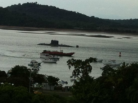 Bala Beach Resort: Submarine on the canal
