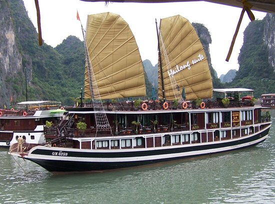 Lan Ha Bay: NOT just another junk.