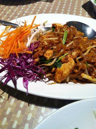 Khun Dang Thai Restaurant California
