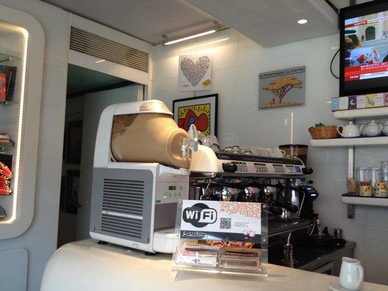 Keith Art Shop Cafe : Espresso, Cappuccino, Wifi