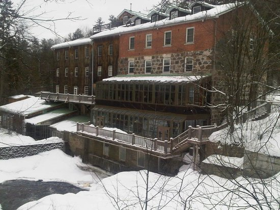 Moulin Wakefield Mill Hotel & Spa: View from the River Side