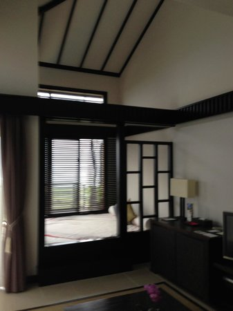 Shigira Bayside Suite Allamanda: the room has a play space for kids, of course we can relax here.