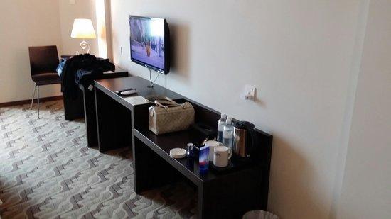 "Eminent Hotel : 32"" led tv n some tea & coffee making facilities"