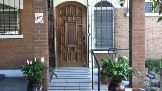 Dai Nonni Hotel: entrada principal