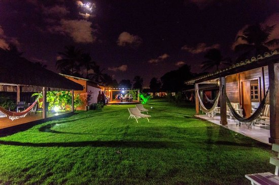 Bahia Surf Camp: At night in the camp lodging