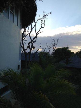 Media Luna Resort & Spa : Sunrise at Media Luna