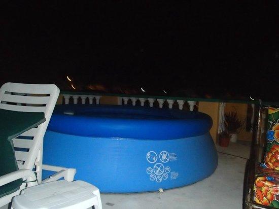 Casa Zuzy Apartments : Swimming pool!!!