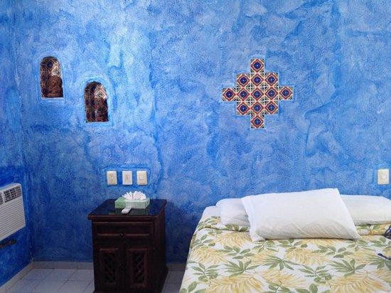 Del Sol Beachfront Hotel : Room