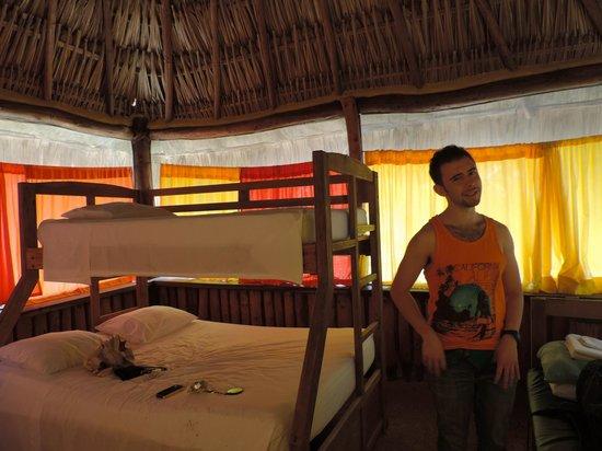 Hostel & Cabanas Ida y Vuelta Camping: :)