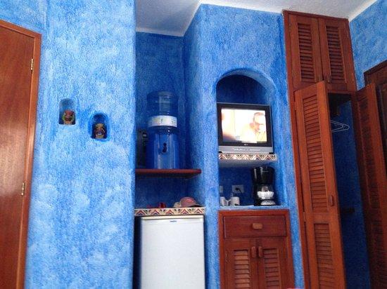 Del Sol Beachfront Hotel: Room 105