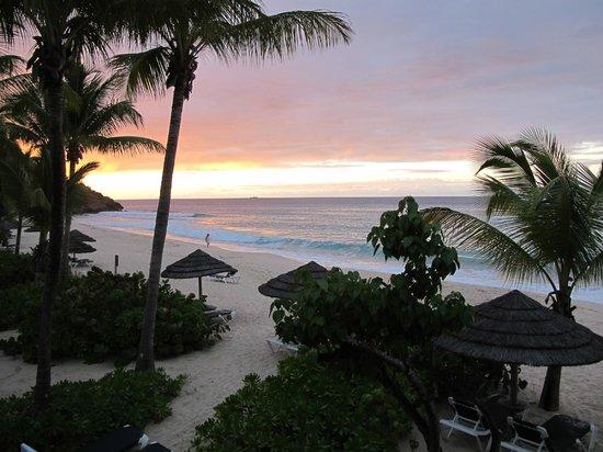 Galley Bay Resort: Sunset