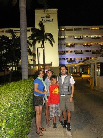 Hotel Tamaca Beach Resort: ingreso principal al hotel