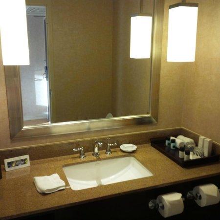 InterContinental Toronto Centre: Powder room