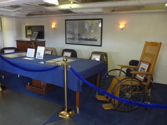 Battleship USS Iowa BB-61: The Presidential suite onboard the Iowa