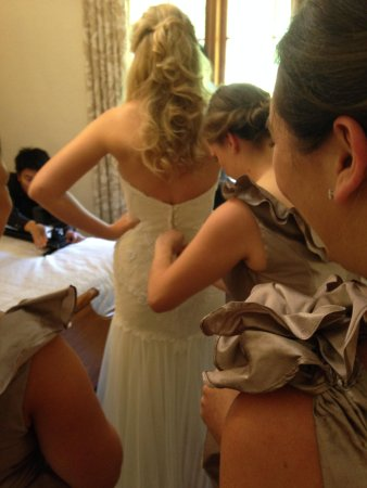 Country Pleasures B & B : Getting the dress on