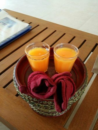 Aonang Cliff Beach Resort: the welcome drink