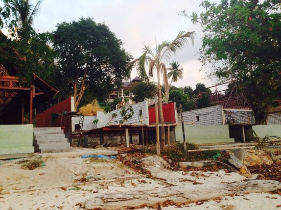 Kupu Kupu Phangan Beach Villas and Spa by l'Occitane : resort under construction