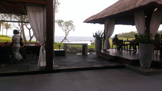 Pan Pacific Nirwana Bali Resort : What a way to start the day-Breakfast