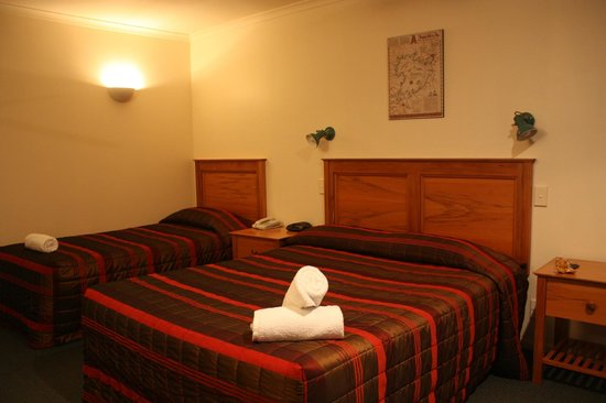 Colonial Lodge Motel: Comfy beds