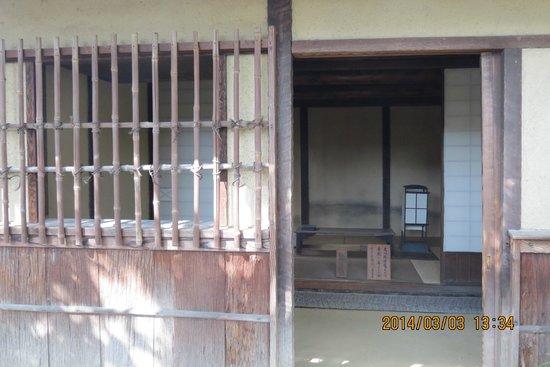 Basho Birthplace : 釣月軒入口