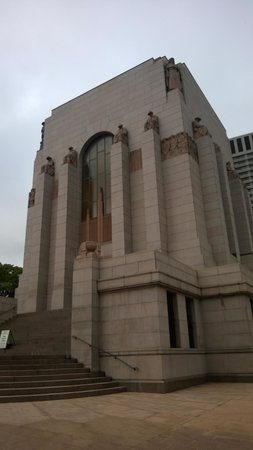 Anzac War Memorial : anz3