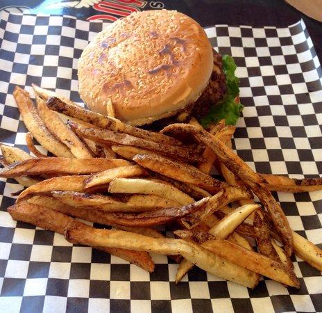 Fattboy Burgers & Dogs: Yummy