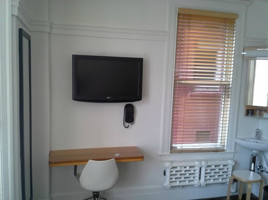 The Mosser: Wall mounted flat screen TV