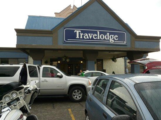 Travelodge Hotel Calgary Macleod Trail: Devanture de l'hôtel