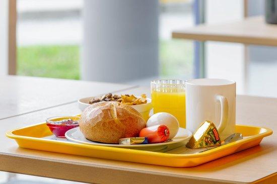 Ibis Budget Hamburg Quickborn: Frühstück