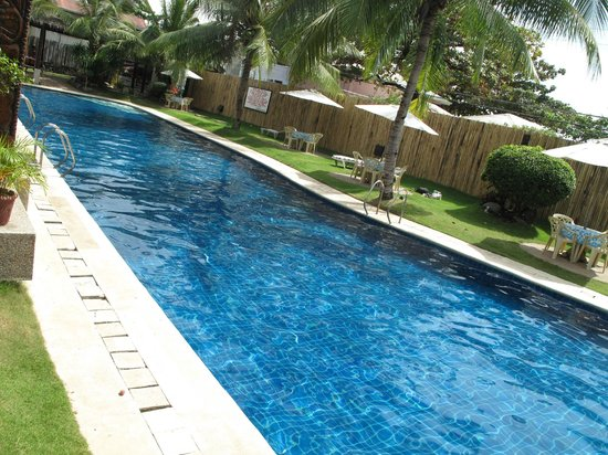 Wild Orchid Beach Resort Subic Bay: pool