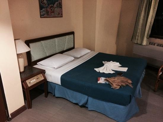 Thai Hotel Krabi : king size bed