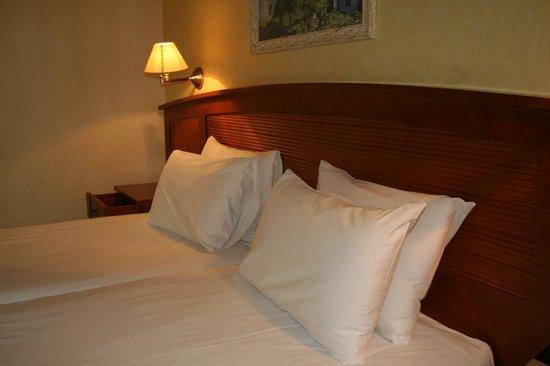 7 Islas Hotel: habitacion